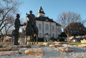 Somervell County Courthouse with Statue
